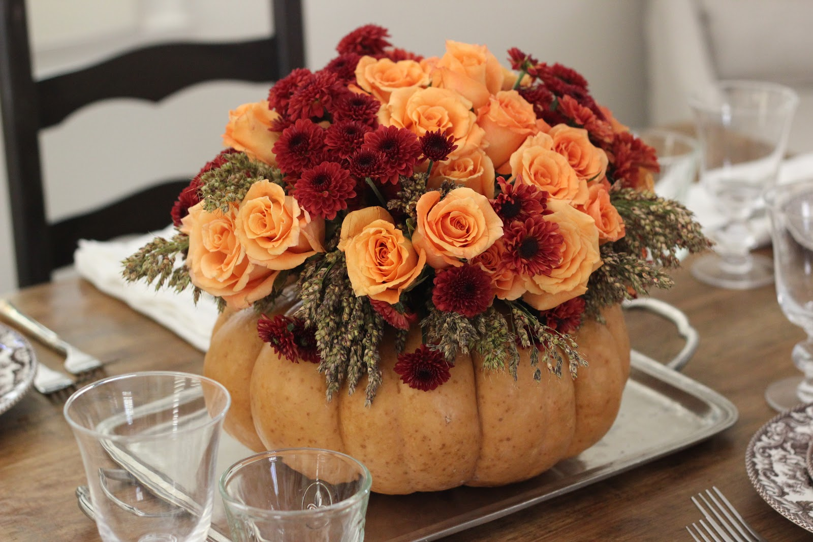 Fabulous thanksgiving centerpiece made simple how2girl for Simple pumpkin centerpieces